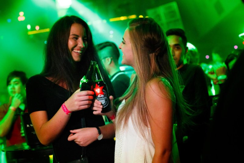 Live Your Music Presents_ The Takeover featuring Alan Walker - Revelers cooled off with chilled Heineken beers as the energy of the night went on strong with awesome music - Photo by All Is Amazing